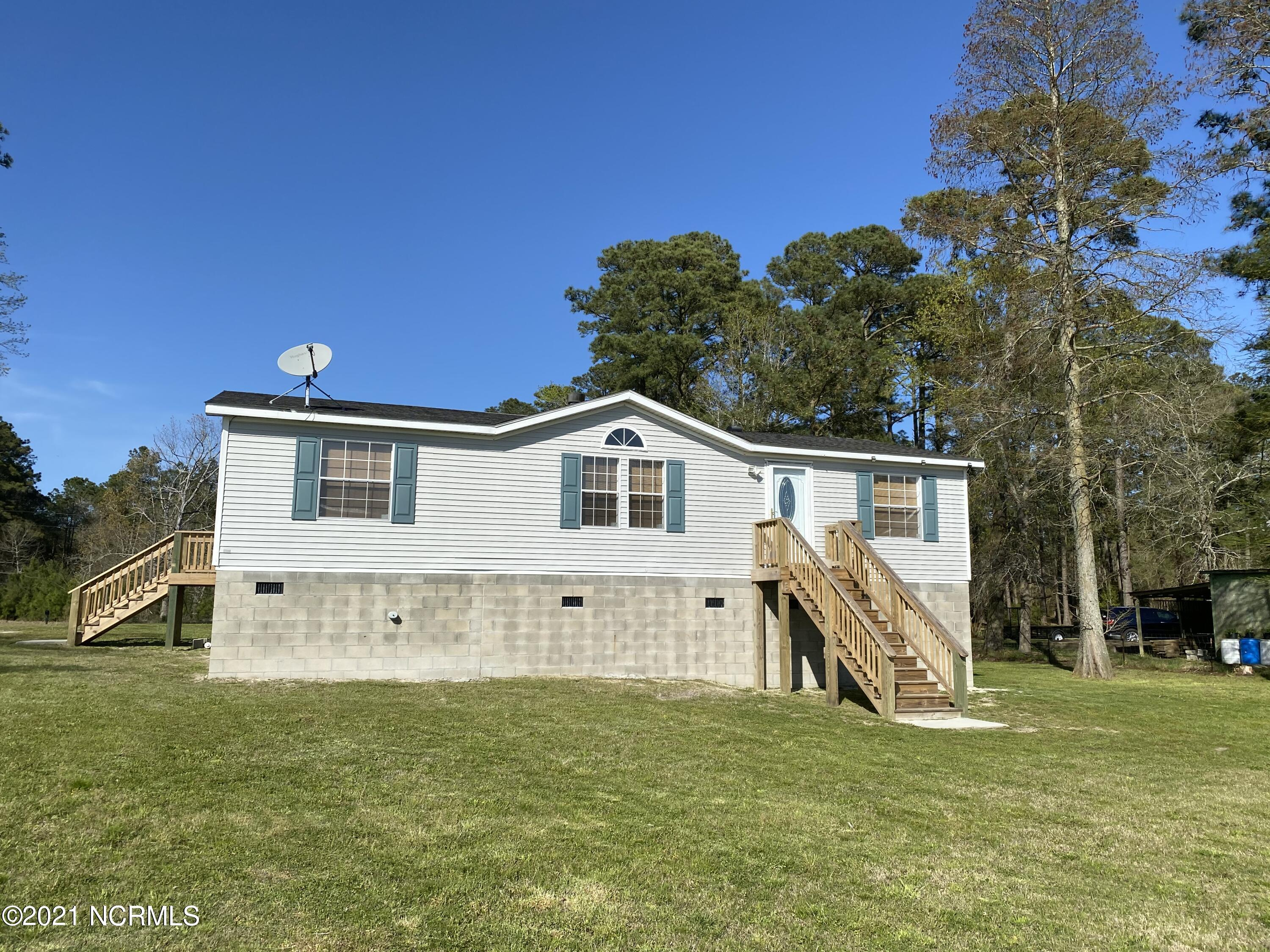 2623 Old Pamlico Beach Road, Belhaven, North Carolina 27810, 3 Bedrooms Bedrooms, 6 Rooms Rooms,2 BathroomsBathrooms,Manufactured home,For sale,Old Pamlico Beach,100244336