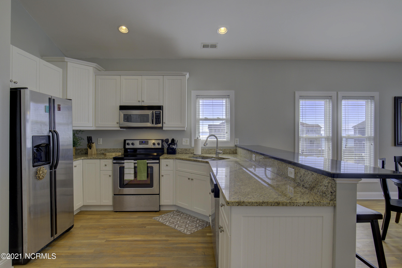 199 Porto Vista Drive, North Topsail Beach, North Carolina 28460, 4 Bedrooms Bedrooms, 7 Rooms Rooms,3 BathroomsBathrooms,Condominium,For sale,Porto Vista,100267918