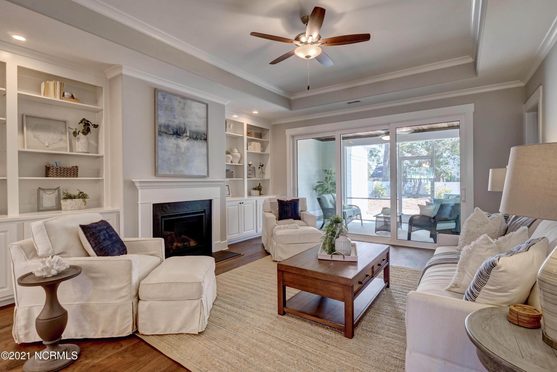 1664 Sand Harbor Circle, Ocean Isle Beach, North Carolina 28469, 3 Bedrooms Bedrooms, 5 Rooms Rooms,3 BathroomsBathrooms,Townhouse,For sale,Sand Harbor,100269275