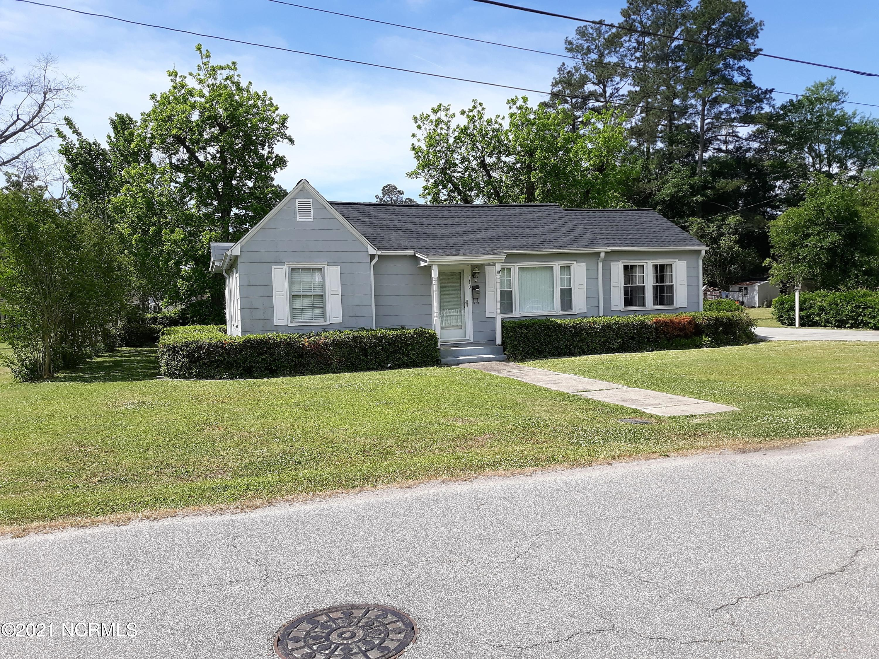 510 3rd Avenue, Chadbourn, North Carolina 28431, 2 Bedrooms Bedrooms, 5 Rooms Rooms,2 BathroomsBathrooms,Single family residence,For sale,3rd,100269891