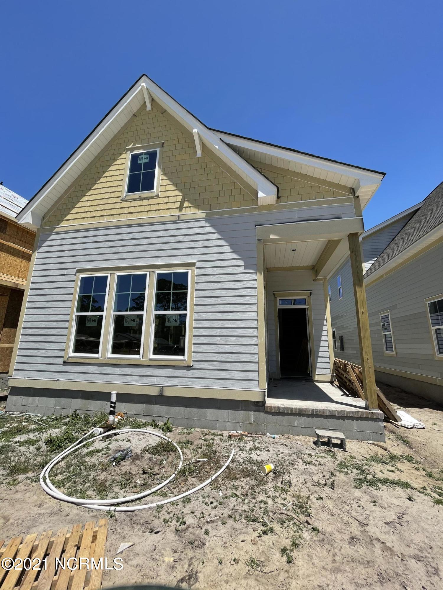 1020 Caswell Avenue, Southport, North Carolina 28461, 3 Bedrooms Bedrooms, 7 Rooms Rooms,2 BathroomsBathrooms,Single family residence,For sale,Caswell,100245771
