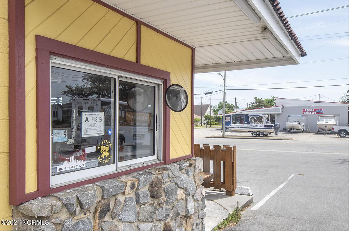 817 Cedar Street, Beaufort, North Carolina 28516, ,For sale,Cedar,100276404