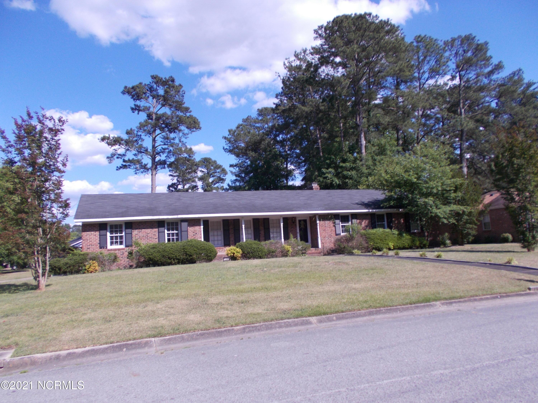 2211 Tanglewood Drive, Kinston, North Carolina 28504, 3 Bedrooms Bedrooms, 6 Rooms Rooms,2 BathroomsBathrooms,Single family residence,For sale,Tanglewood,100272369