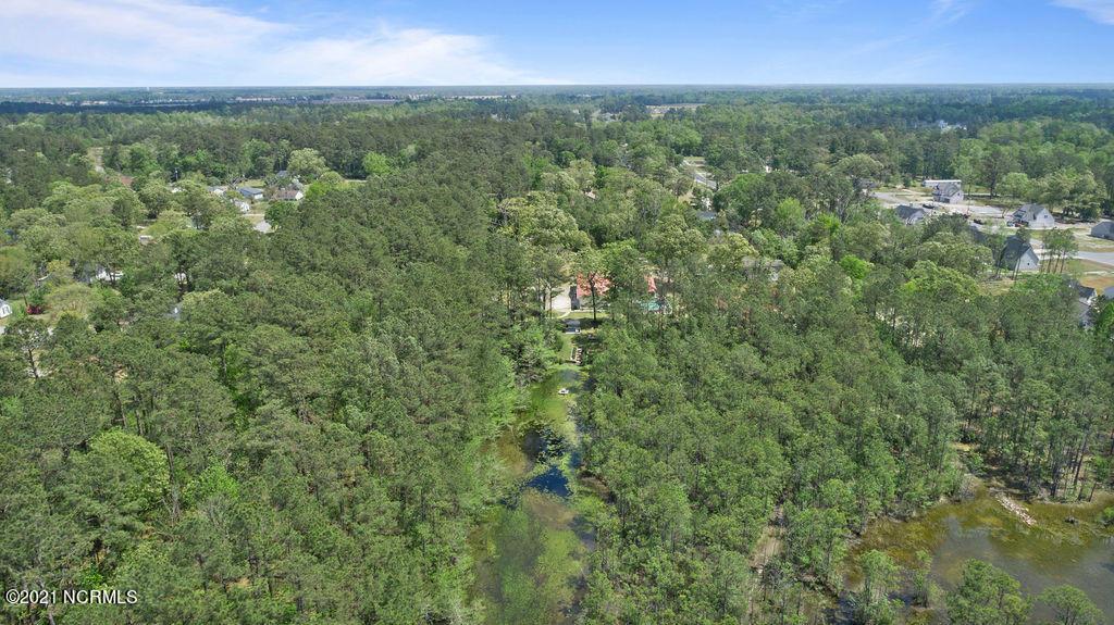 125 Mae Lane, Richlands, North Carolina 28574, 3 Bedrooms Bedrooms, 8 Rooms Rooms,3 BathroomsBathrooms,Single family residence,For sale,Mae,100273088