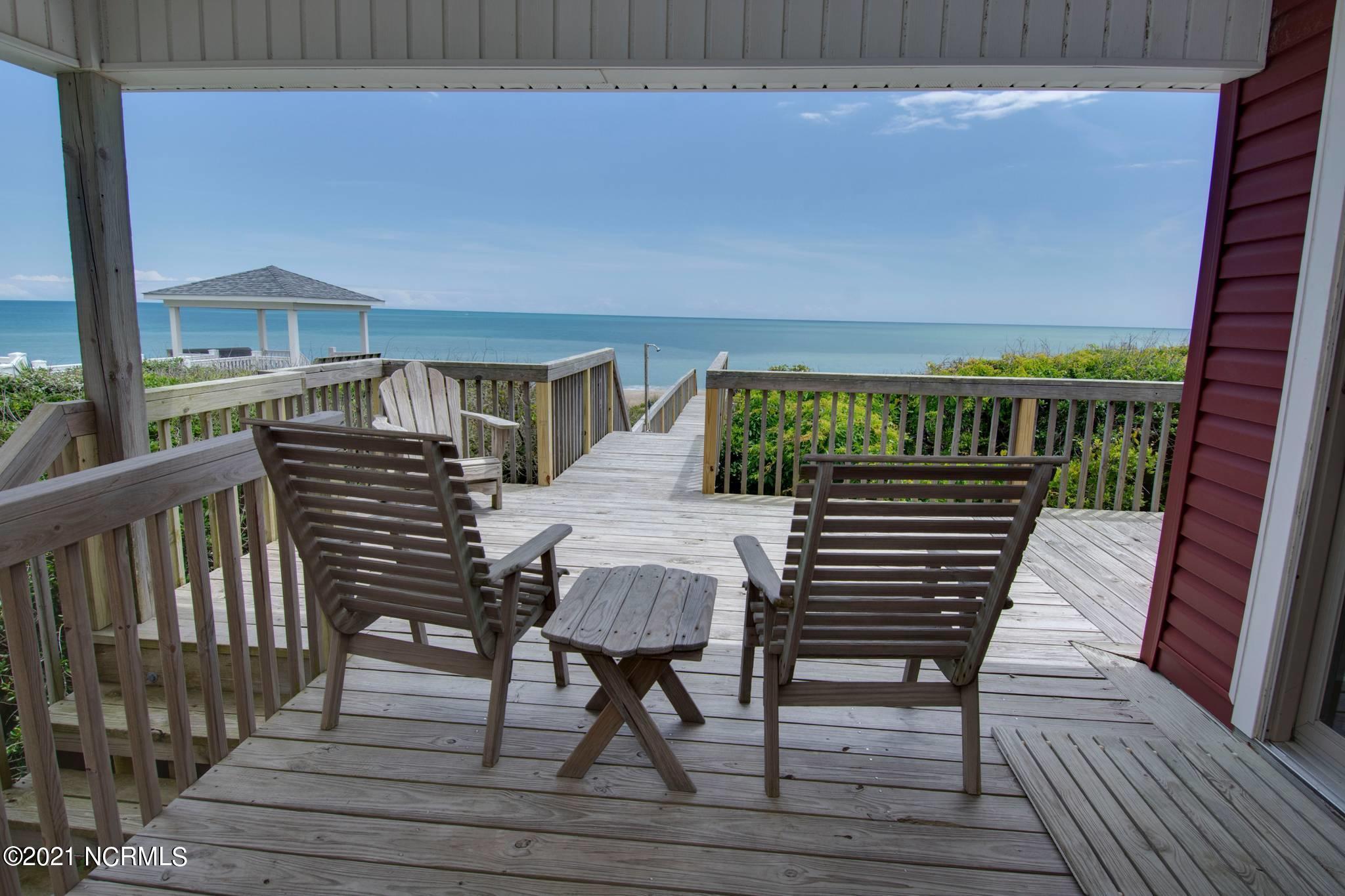 7309 Ocean Drive, Emerald Isle, North Carolina 28594, 3 Bedrooms Bedrooms, 6 Rooms Rooms,2 BathroomsBathrooms,Single family residence,For sale,Ocean,100274657