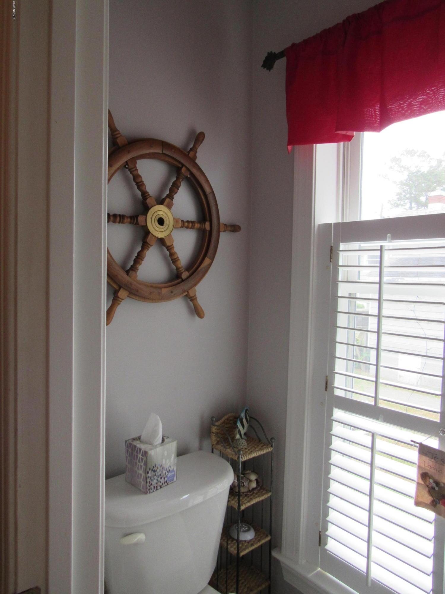 171 Tarheel Drive, Washington, North Carolina 27889, 5 Bedrooms Bedrooms, 10 Rooms Rooms,3 BathroomsBathrooms,Single family residence,For sale,Tarheel,100274697