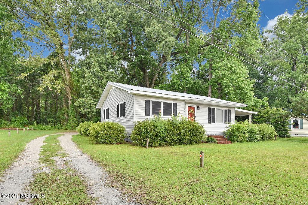 1612 Jk Powell Boulevard, Whiteville, North Carolina 28472, 2 Bedrooms Bedrooms, 5 Rooms Rooms,1 BathroomBathrooms,Single family residence,For sale,Jk Powell,100275718