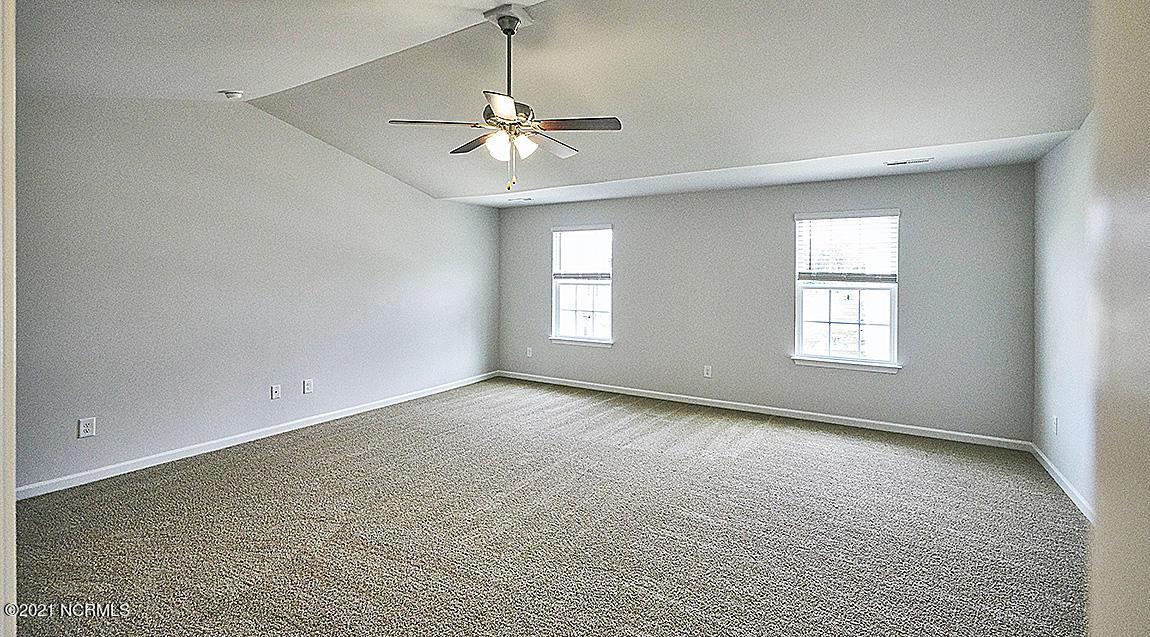 408 Ginger Drive, New Bern, North Carolina 28560, 5 Bedrooms Bedrooms, 13 Rooms Rooms,3 BathroomsBathrooms,Single family residence,For sale,Ginger,100274978