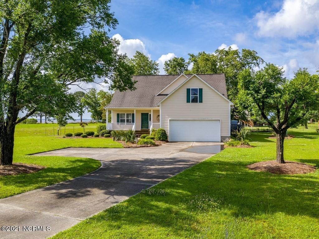 6016 Dolphin Road, Oriental, North Carolina 28571, 3 Bedrooms Bedrooms, 6 Rooms Rooms,2 BathroomsBathrooms,Single family residence,For sale,Dolphin,100275072