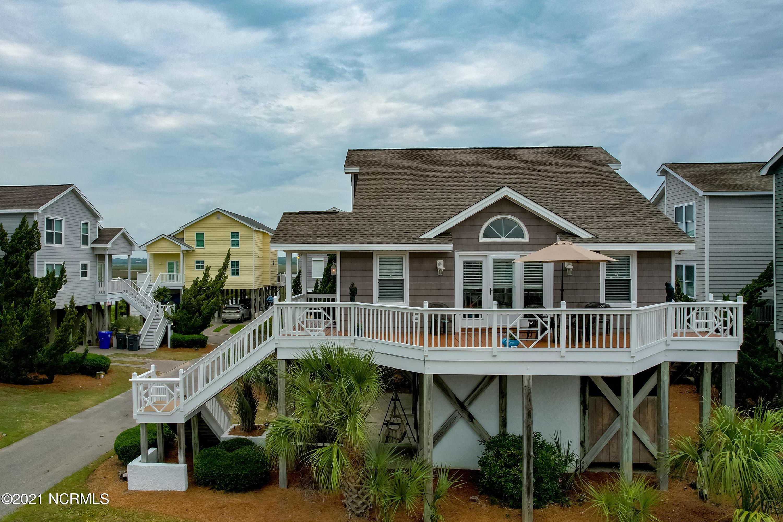 2 Dolphin Court, Ocean Isle Beach, North Carolina 28469, 3 Bedrooms Bedrooms, 8 Rooms Rooms,2 BathroomsBathrooms,Single family residence,For sale,Dolphin,100275180