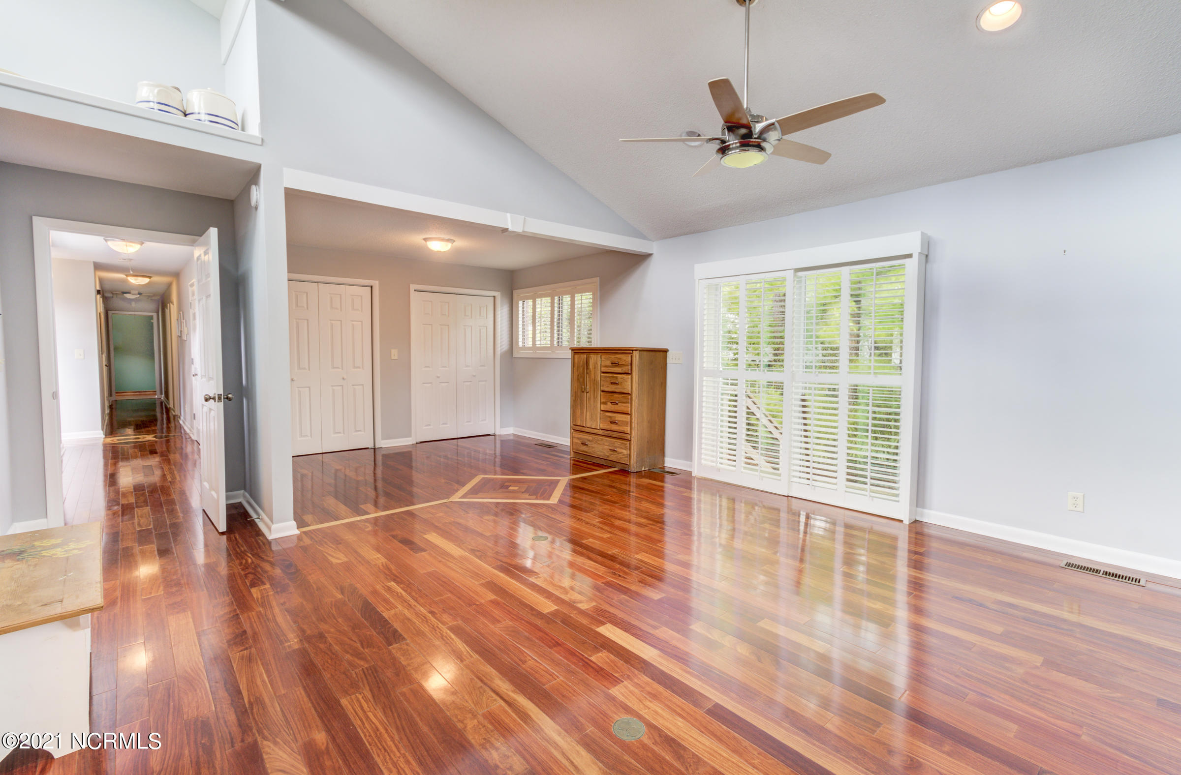 2131 Gloucester Place, Wilmington, North Carolina 28403, 4 Bedrooms Bedrooms, 10 Rooms Rooms,3 BathroomsBathrooms,Single family residence,For sale,Gloucester,100263873