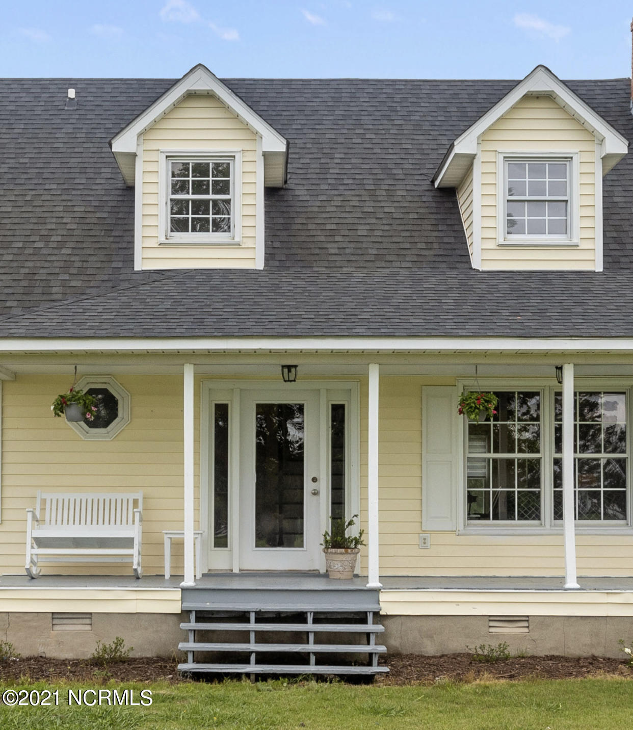 17 Chad Loop, Belhaven, North Carolina 27810, 3 Bedrooms Bedrooms, 7 Rooms Rooms,2 BathroomsBathrooms,Single family residence,For sale,Chad,100275293