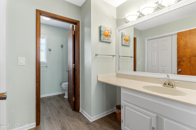 1915 Beach Drive, Oak Island, North Carolina 28465, 4 Bedrooms Bedrooms, 6 Rooms Rooms,2 BathroomsBathrooms,Single family residence,For sale,Beach,100274922