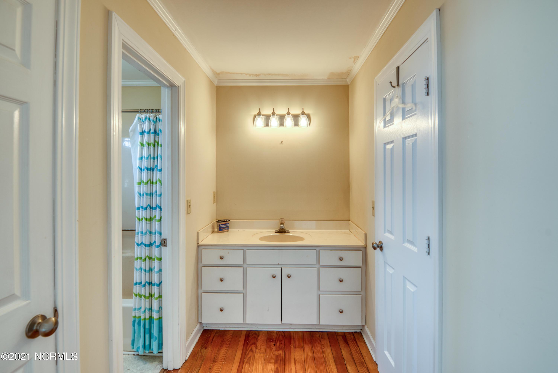 217 Pelican Walk, Hampstead, North Carolina 28443, 4 Bedrooms Bedrooms, 7 Rooms Rooms,2 BathroomsBathrooms,Single family residence,For sale,Pelican,100276306