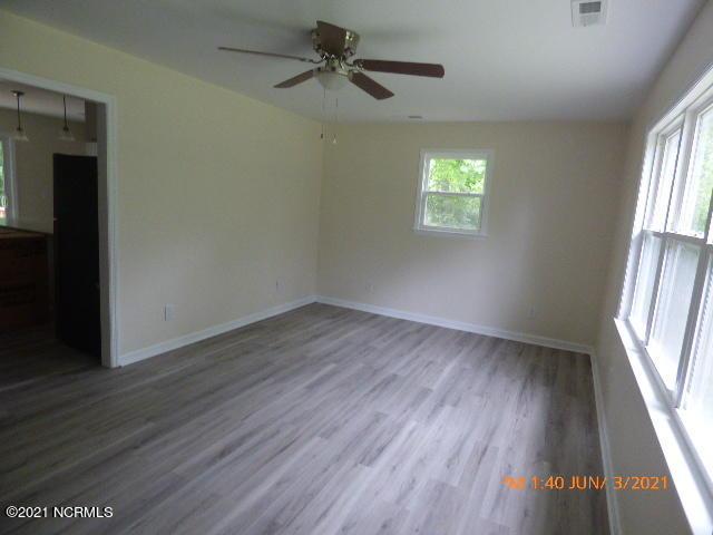 380 Grants Creek Road, Jacksonville, North Carolina 28546, 3 Bedrooms Bedrooms, 5 Rooms Rooms,2 BathroomsBathrooms,Single family residence,For sale,Grants Creek,100275759