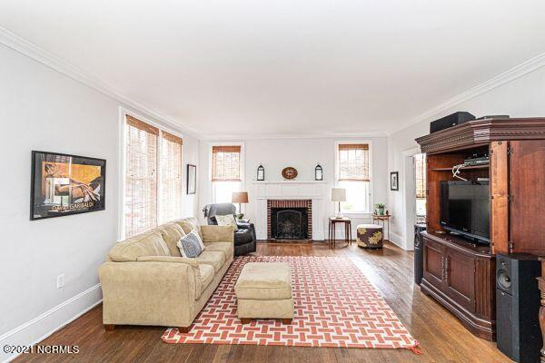 301 Howard Circle, Tarboro, North Carolina 27886, 4 Bedrooms Bedrooms, 8 Rooms Rooms,2 BathroomsBathrooms,Single family residence,For sale,Howard,100275899