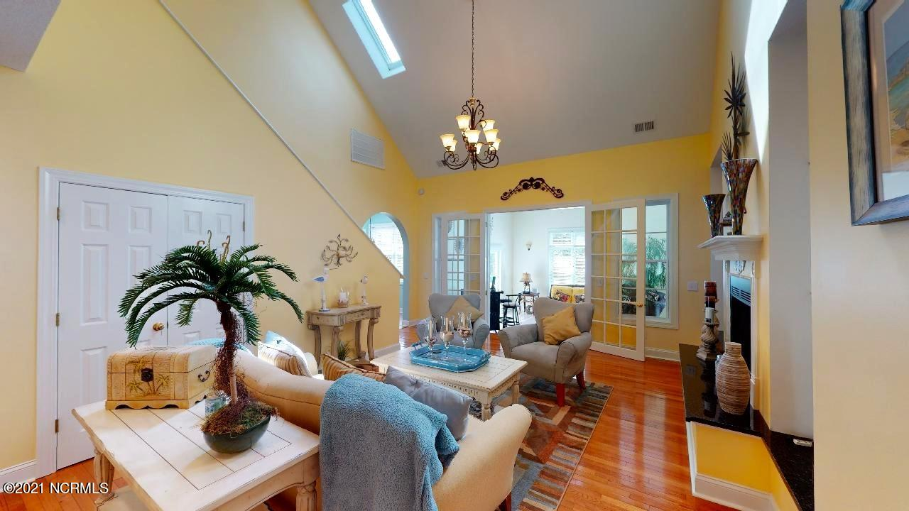 238 Berryknoll Drive, Calabash, North Carolina 28467, 5 Bedrooms Bedrooms, 9 Rooms Rooms,3 BathroomsBathrooms,Single family residence,For sale,Berryknoll,100276418