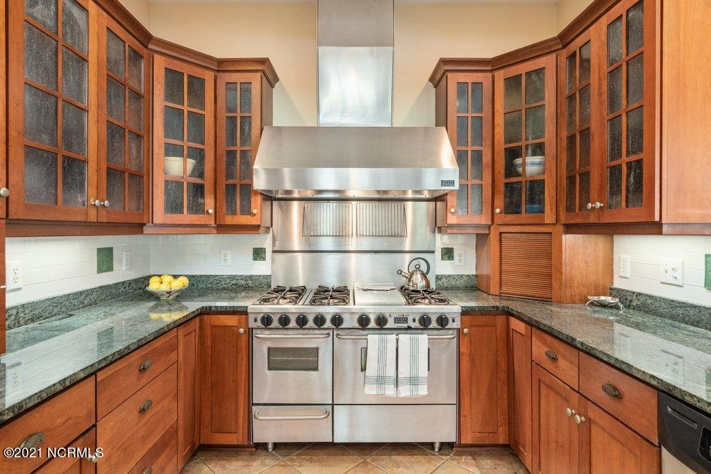 342 & 344 Cabbage Inlet Lane, Wilmington, North Carolina 28409, 5 Bedrooms Bedrooms, 13 Rooms Rooms,7 BathroomsBathrooms,Single family residence,For sale,Cabbage Inlet,100276915