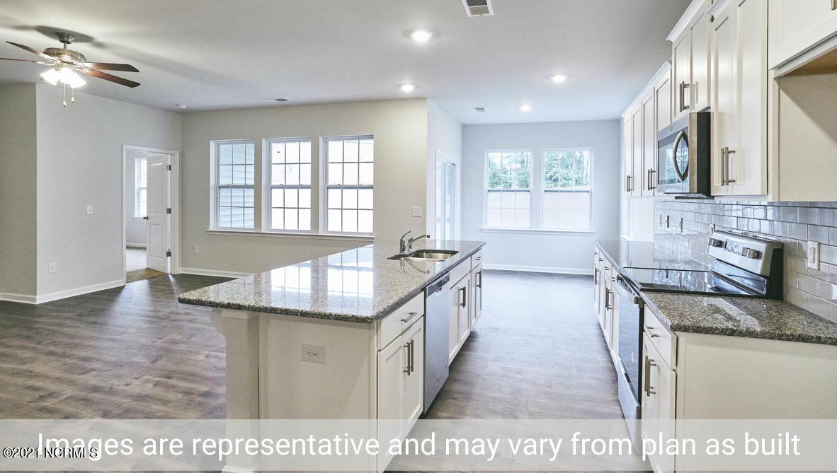 404 Ginger Drive, New Bern, North Carolina 28560, 3 Bedrooms Bedrooms, 5 Rooms Rooms,2 BathroomsBathrooms,Single family residence,For sale,Ginger,100277042