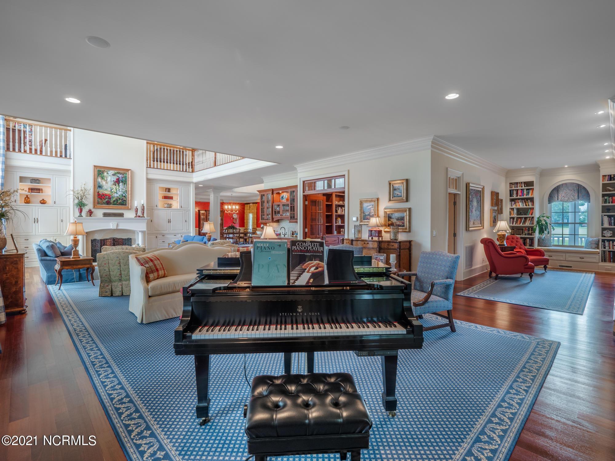 616 Inverary Way, Wilmington, North Carolina 28405, 5 Bedrooms Bedrooms, 16 Rooms Rooms,6 BathroomsBathrooms,Single family residence,For sale,Inverary,100278356
