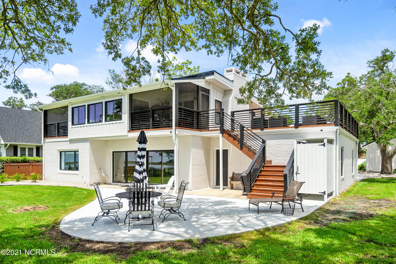 1423 Kings Landing Road, Hampstead, North Carolina 28443, 4 Bedrooms Bedrooms, 10 Rooms Rooms,3 BathroomsBathrooms,Single family residence,For sale,Kings Landing,100277598