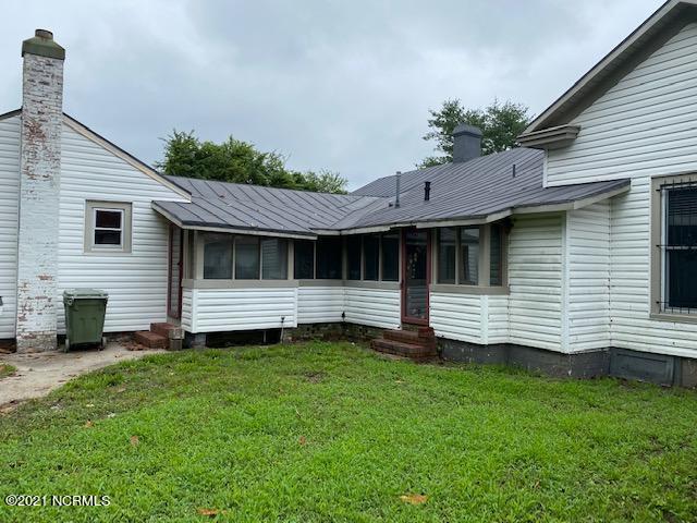 200 Railroad Street, Conetoe, North Carolina 27819, 3 Bedrooms Bedrooms, 5 Rooms Rooms,1 BathroomBathrooms,Single family residence,For sale,Railroad,100277556
