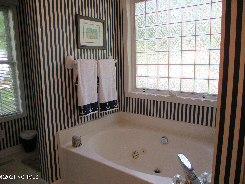 M Bath View 3