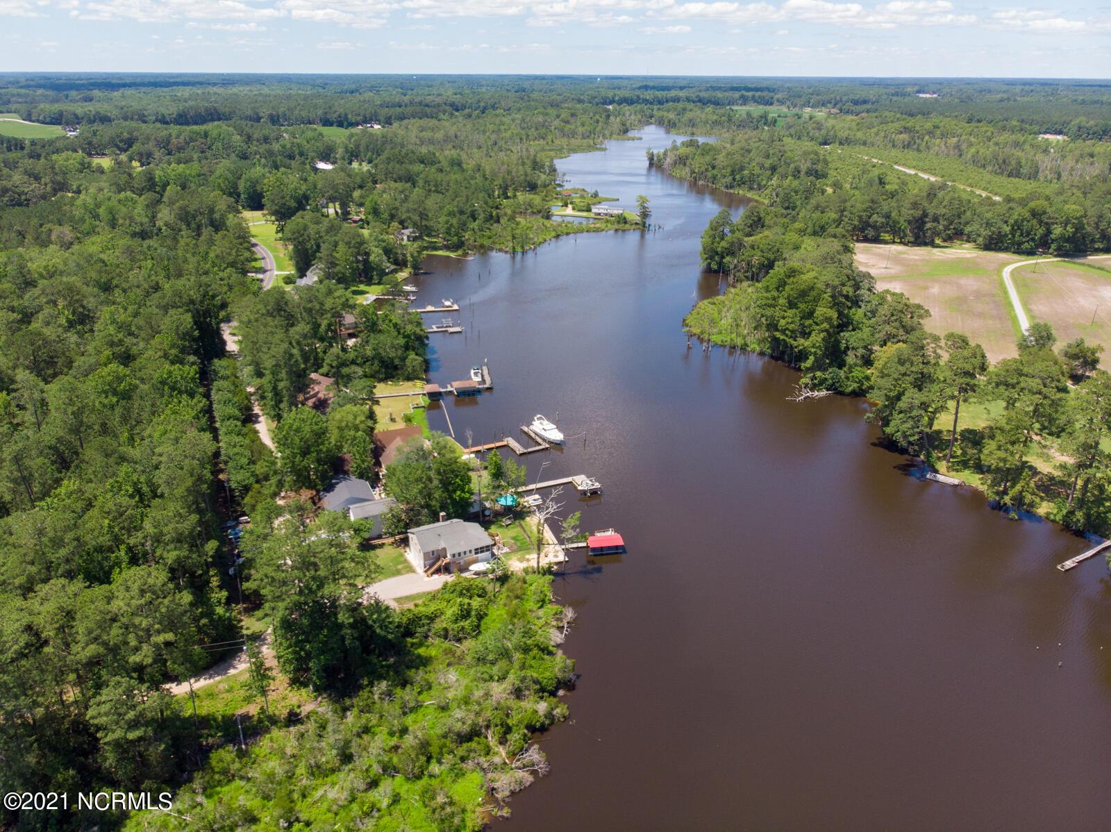 Lot 14 Fishermens Bend, Washington, North Carolina 27889, ,Wooded,For sale,Fishermens,100277336