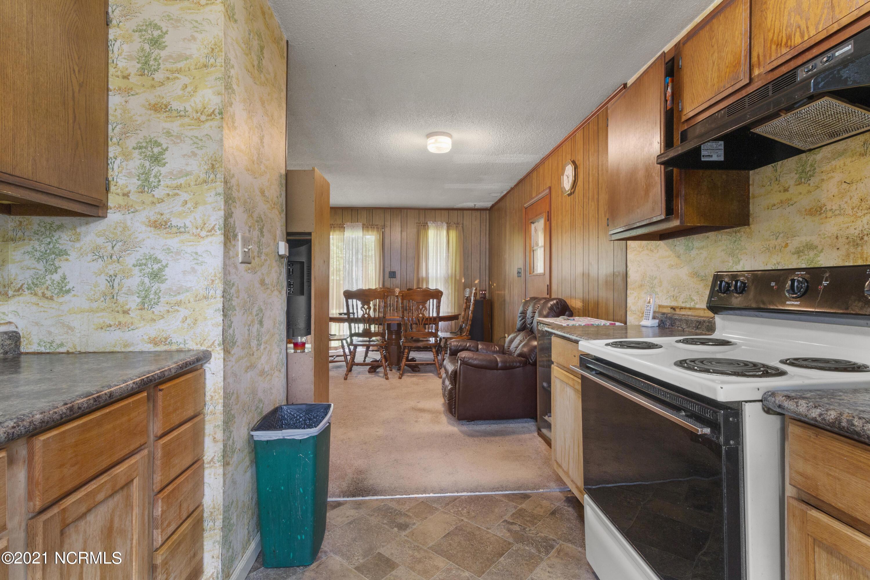 200 Devon Court, Jacksonville, North Carolina 28546, 3 Bedrooms Bedrooms, 6 Rooms Rooms,1 BathroomBathrooms,Single family residence,For sale,Devon,100277843
