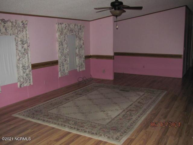 320 Buck Drive, Hampstead, North Carolina 28443, 3 Bedrooms Bedrooms, 6 Rooms Rooms,2 BathroomsBathrooms,Manufactured home,For sale,Buck,100278272