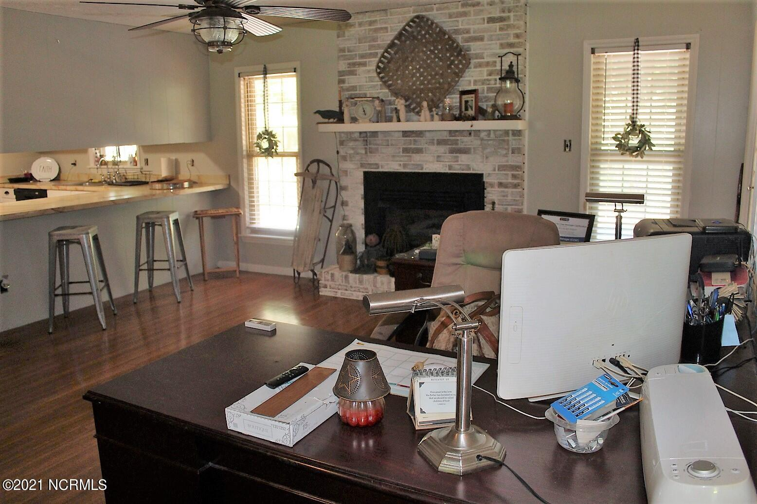 2534 Nc 211 Hwy, Clarkton, North Carolina 28433, 4 Bedrooms Bedrooms, 7 Rooms Rooms,3 BathroomsBathrooms,Single family residence,For sale,Nc 211 Hwy,100278483