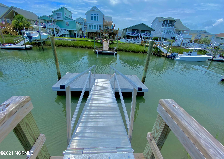 73 Concord Street, Ocean Isle Beach, North Carolina 28469, 4 Bedrooms Bedrooms, 7 Rooms Rooms,3 BathroomsBathrooms,Single family residence,For sale,Concord,100278716