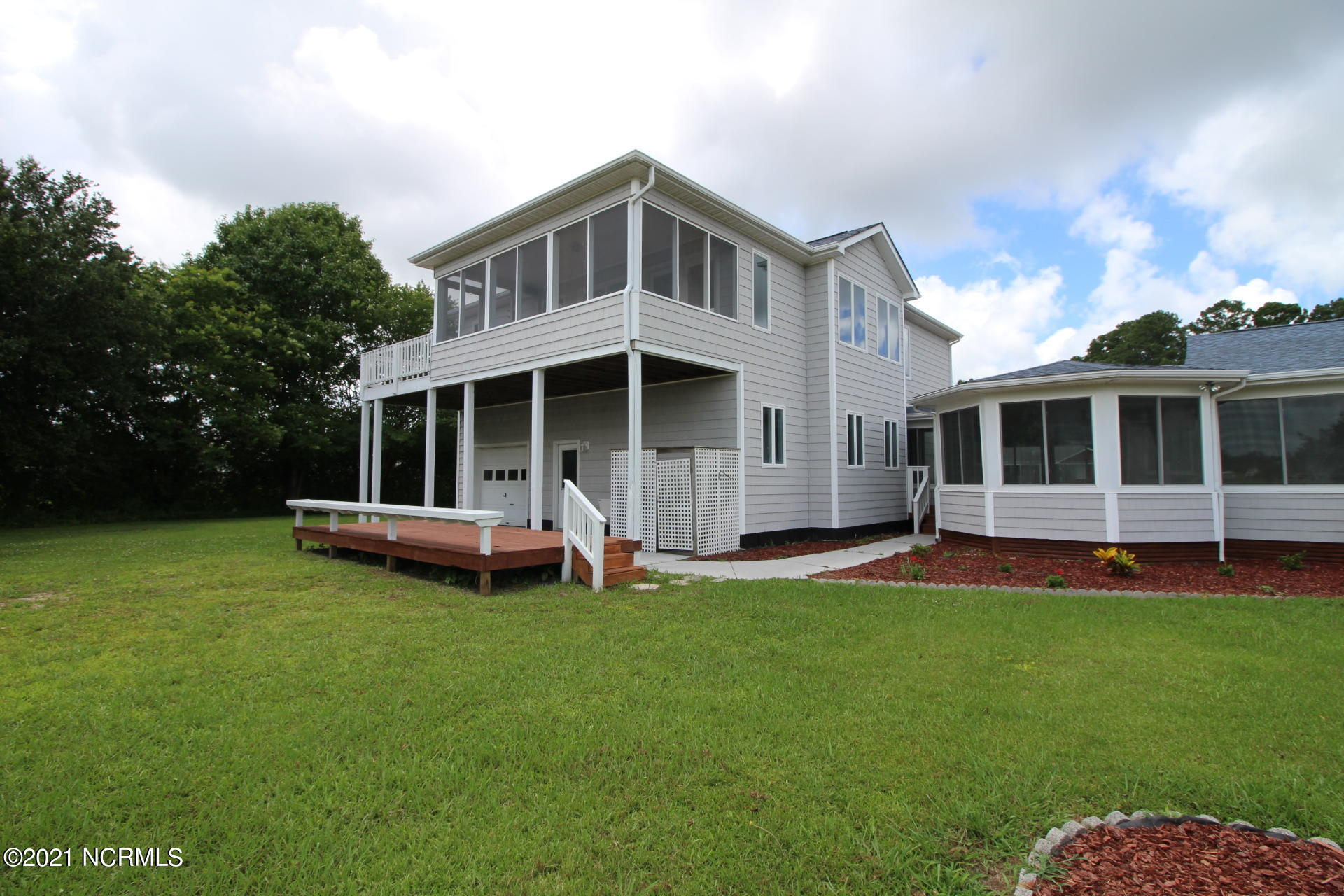 350 Country Club Lane, Newport, North Carolina 28570, 3 Bedrooms Bedrooms, 11 Rooms Rooms,3 BathroomsBathrooms,Single family residence,For sale,Country Club,100278820