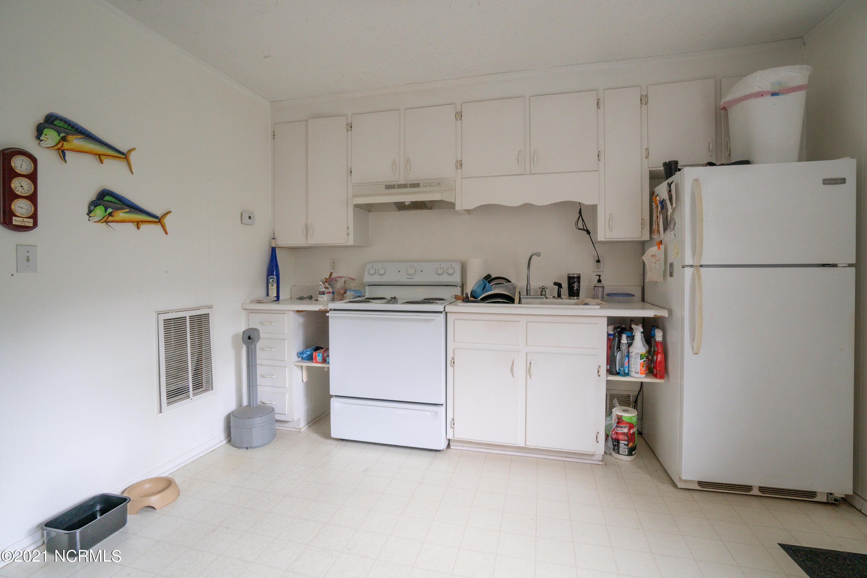 1667 Gause Landing Road, Ocean Isle Beach, North Carolina 28469, 4 Bedrooms Bedrooms, 12 Rooms Rooms,4 BathroomsBathrooms,Single family residence,For sale,Gause Landing,100278566