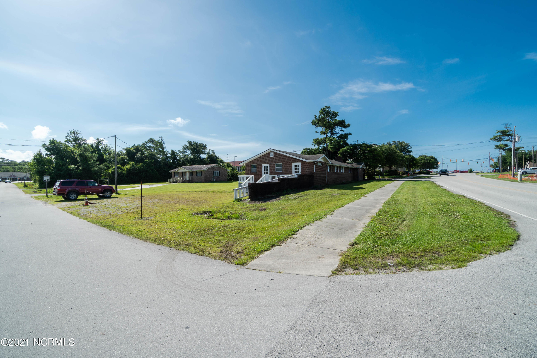 212 35th Street, Morehead City, North Carolina 28557, ,For sale,35th,100279331