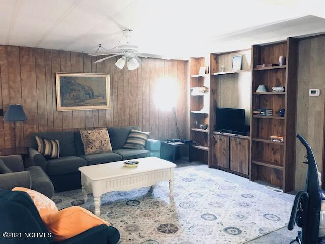 216 74th Street, Oak Island, North Carolina 28465, 3 Bedrooms Bedrooms, 5 Rooms Rooms,2 BathroomsBathrooms,Manufactured home,For sale,74th,100279151