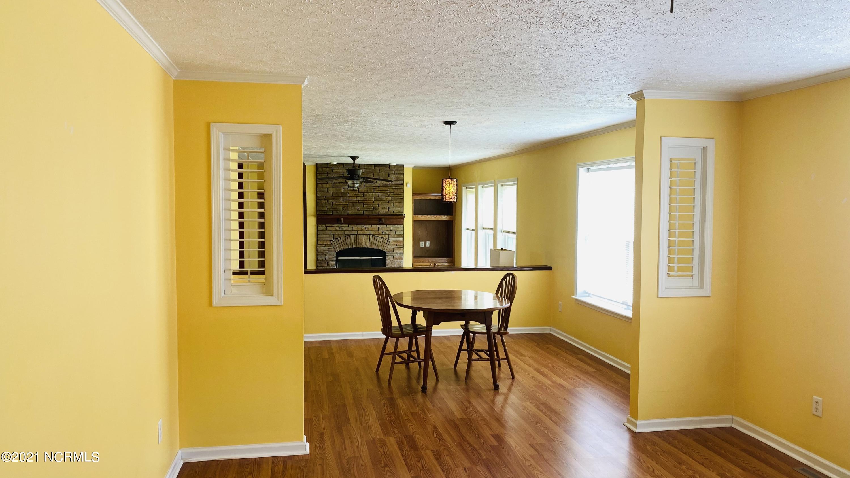 123 Wildflower Way, Stella, North Carolina 28582, 3 Bedrooms Bedrooms, 5 Rooms Rooms,2 BathroomsBathrooms,Single family residence,For sale,Wildflower,100277870