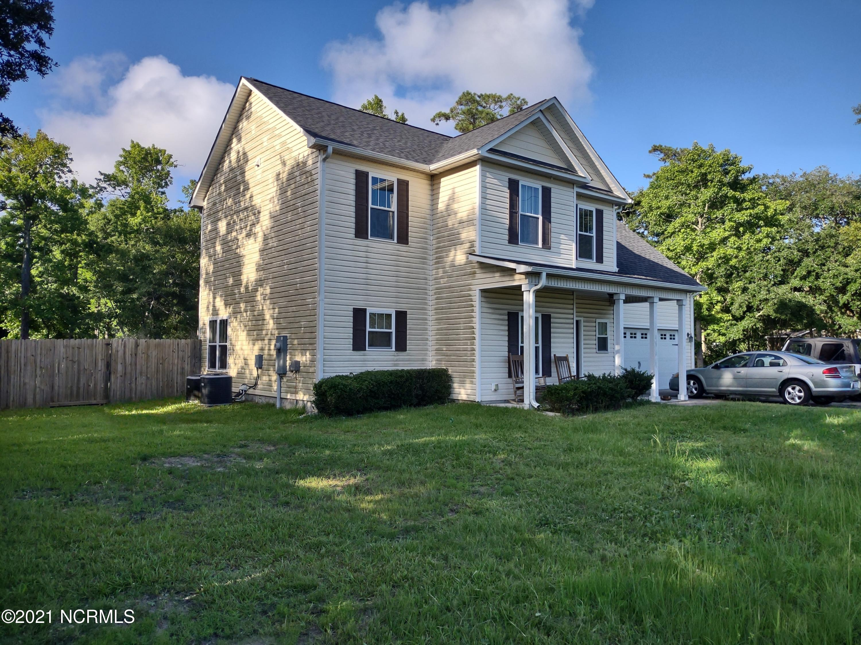 261 Chadwick Acres Road, Sneads Ferry, North Carolina 28460, 3 Bedrooms Bedrooms, 10 Rooms Rooms,2 BathroomsBathrooms,Single family residence,For sale,Chadwick Acres,100279490