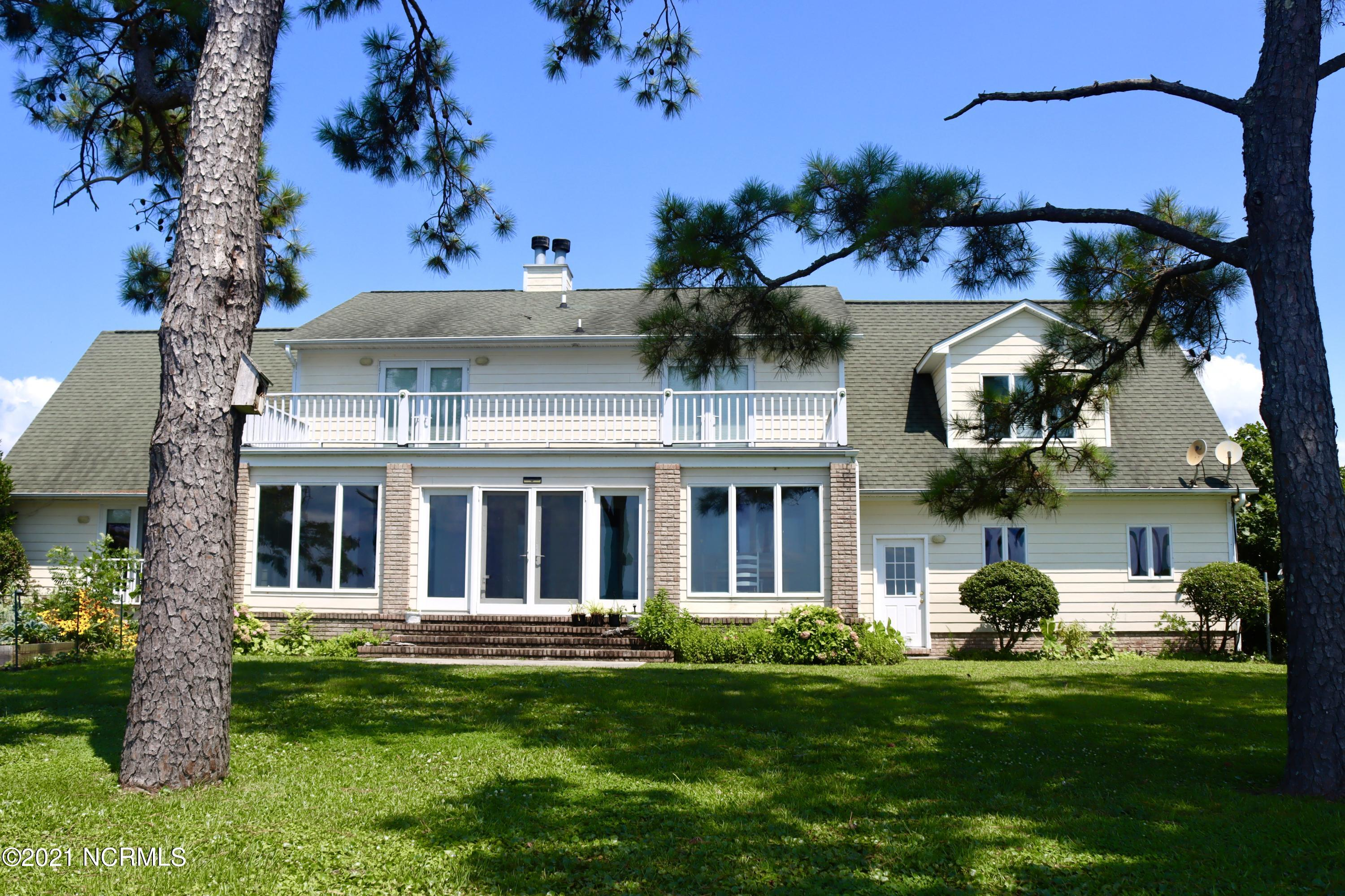 6034 Dolphin Road, Oriental, North Carolina 28571, 3 Bedrooms Bedrooms, 9 Rooms Rooms,2 BathroomsBathrooms,Single family residence,For sale,Dolphin,100279707