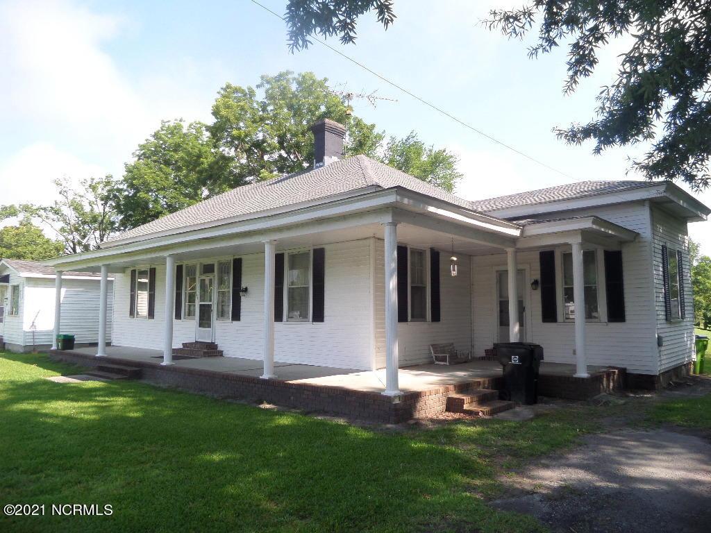 105 Wilson Street, Dover, North Carolina 28526, 3 Bedrooms Bedrooms, 7 Rooms Rooms,2 BathroomsBathrooms,Single family residence,For sale,Wilson,100280216