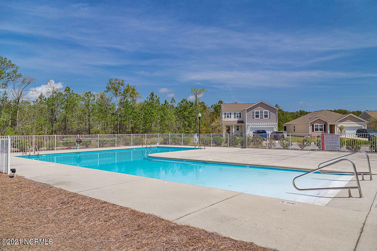 1631 Tree Bark Court, Bolivia, North Carolina 28422, 3 Bedrooms Bedrooms, 5 Rooms Rooms,2 BathroomsBathrooms,Single family residence,For sale,Tree Bark,100276550