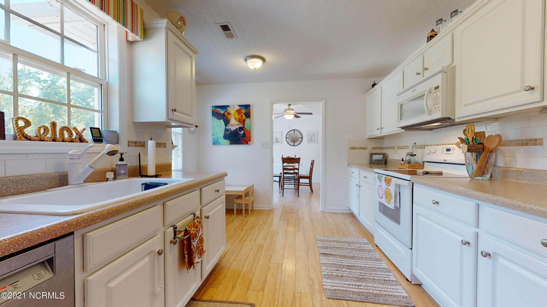 317 Appaloosa Court, Swansboro, North Carolina 28584, 3 Bedrooms Bedrooms, 7 Rooms Rooms,2 BathroomsBathrooms,Single family residence,For sale,Appaloosa,100276139