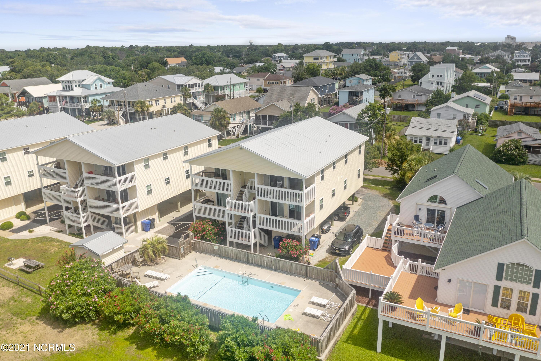 215 Atlanta Avenue, Carolina Beach, North Carolina 28428, 2 Bedrooms Bedrooms, 5 Rooms Rooms,2 BathroomsBathrooms,Condominium,For sale,Atlanta,100280301