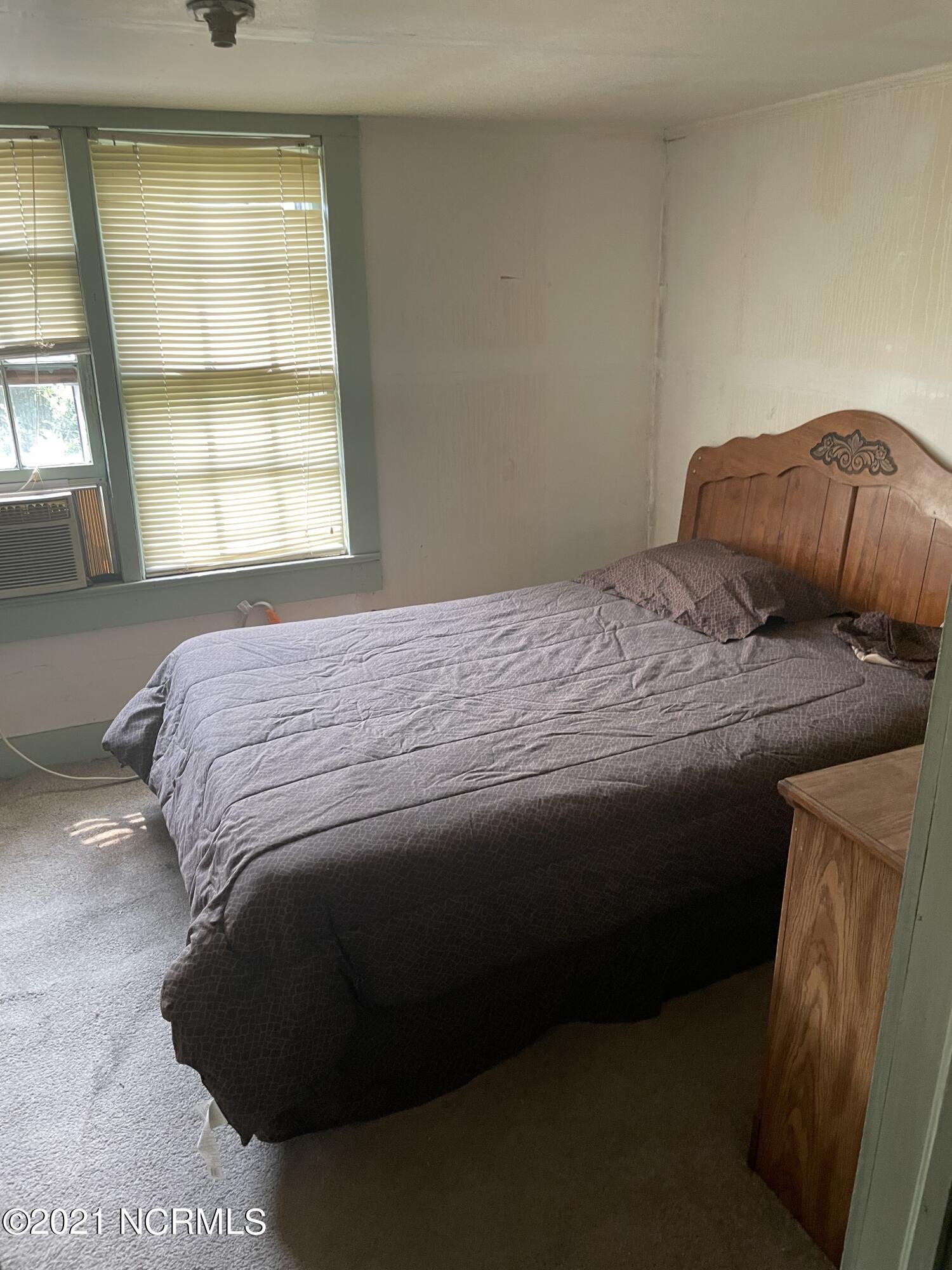 8471 Turkey Highway, Turkey, North Carolina 28393, 4 Bedrooms Bedrooms, 8 Rooms Rooms,2 BathroomsBathrooms,Single family residence,For sale,Turkey,100282489