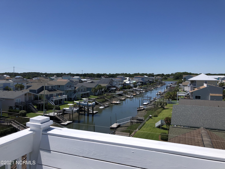 41 Wilmington Street, Ocean Isle Beach, North Carolina 28469, 5 Bedrooms Bedrooms, 7 Rooms Rooms,4 BathroomsBathrooms,Single family residence,For sale,Wilmington,100277828