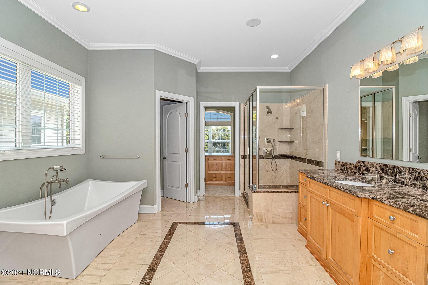 4612 Island Drive, North Myrtle Beach, South Carolina 29582, 5 Bedrooms Bedrooms, 9 Rooms Rooms,4 BathroomsBathrooms,Single family residence,For sale,Island,100284114