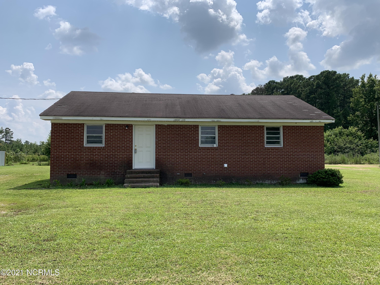 7151 Bulluck School Road, Rocky Mount, North Carolina 27801, 3 Bedrooms Bedrooms, 5 Rooms Rooms,2 BathroomsBathrooms,Single family residence,For sale,Bulluck School,100278565