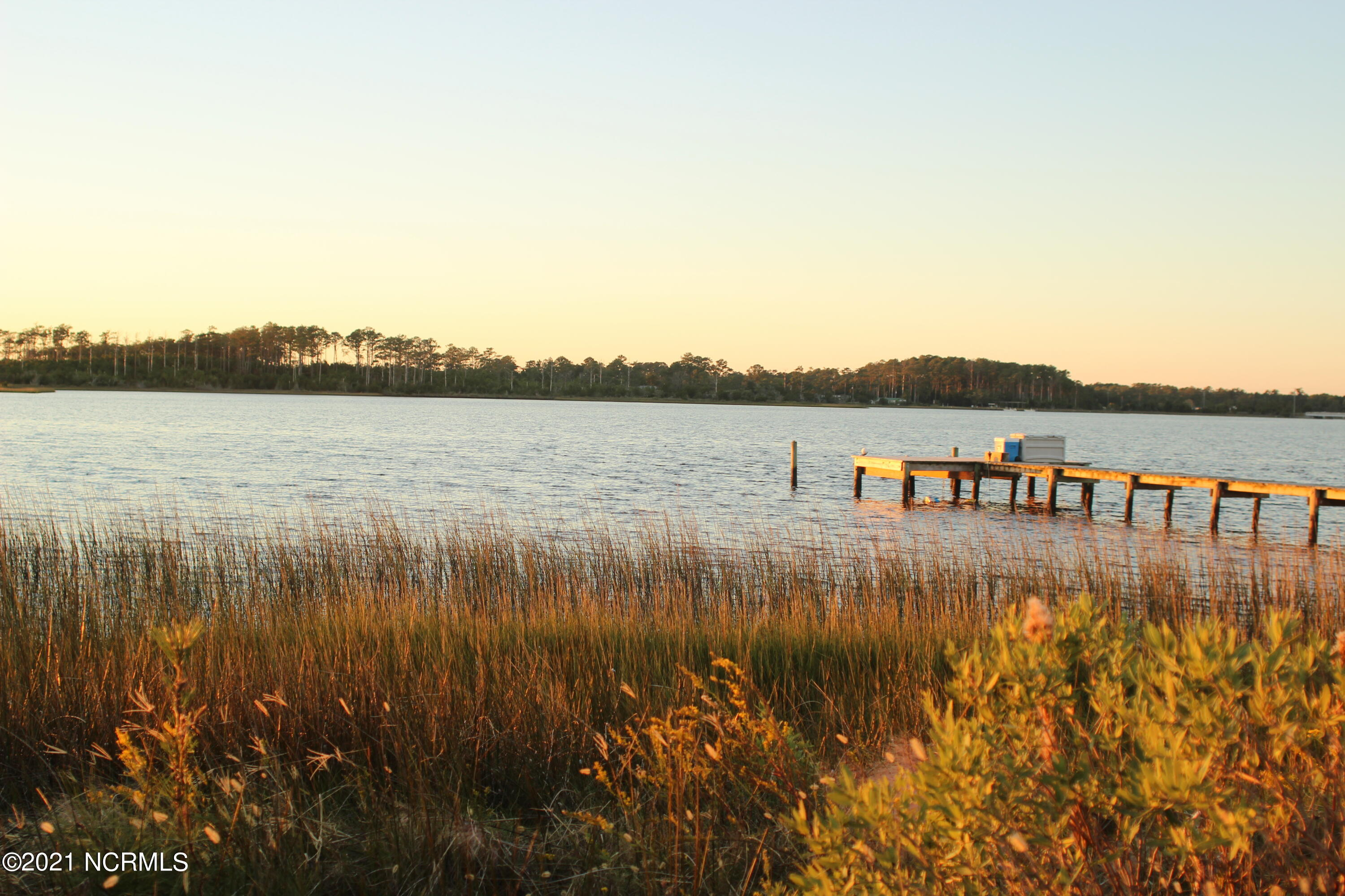 215 Lawrence Road, Beaufort, North Carolina 28516, ,Residential land,For sale,Lawrence,100284294
