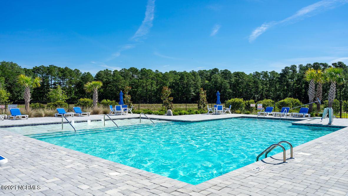 599 Silos Boulevard, Carolina Shores, North Carolina 28467, 3 Bedrooms Bedrooms, 5 Rooms Rooms,2 BathroomsBathrooms,Single family residence,For sale,Silos,100284315