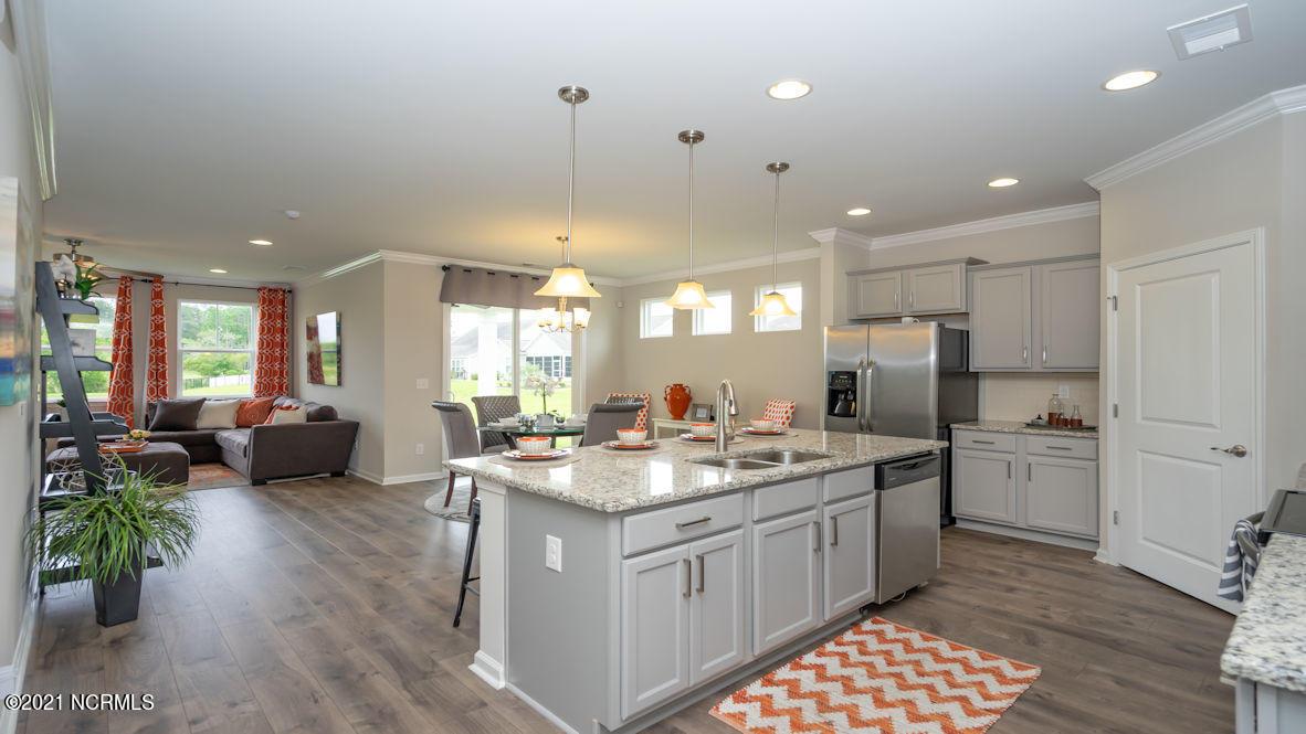611 Silos Way, Carolina Shores, North Carolina 28467, 3 Bedrooms Bedrooms, 6 Rooms Rooms,2 BathroomsBathrooms,Single family residence,For sale,Silos,100284323